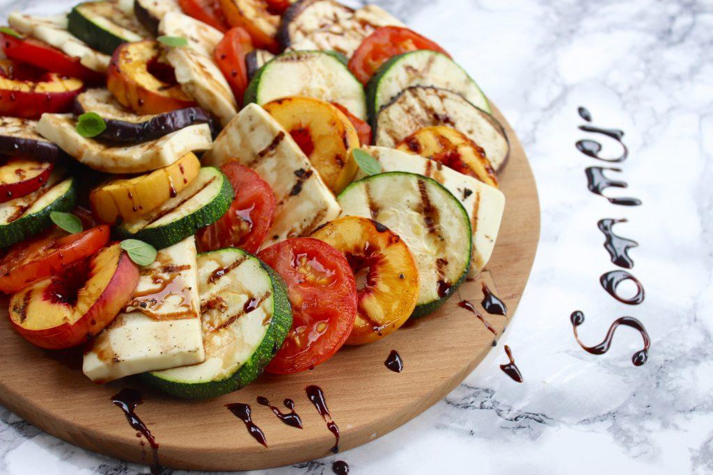 Grill Salat med grillede nektariner