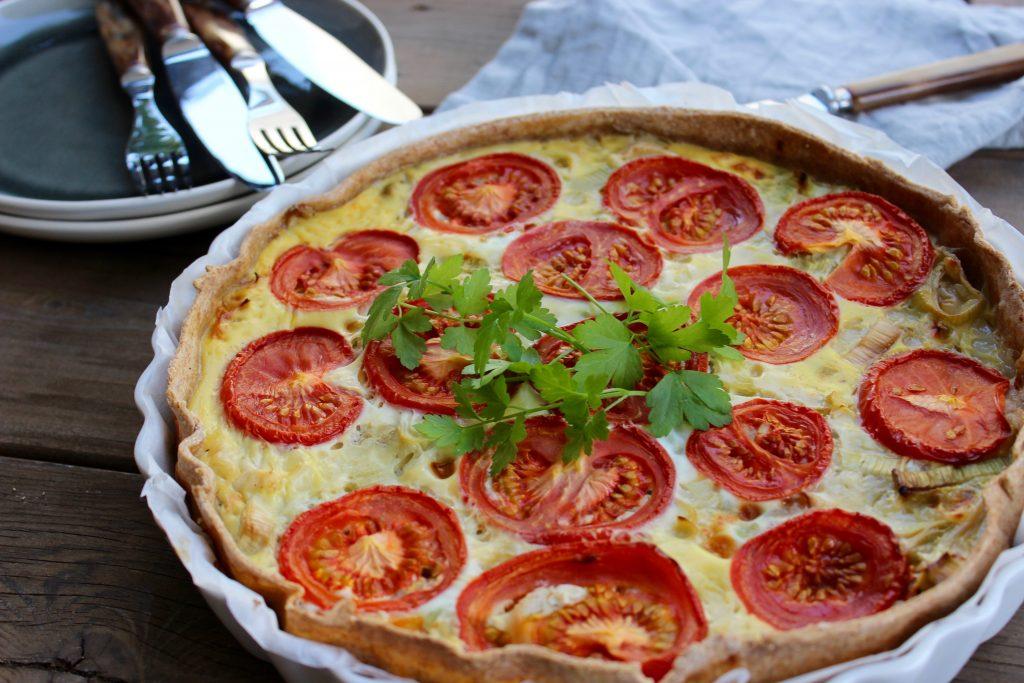 Porretærte med tomat