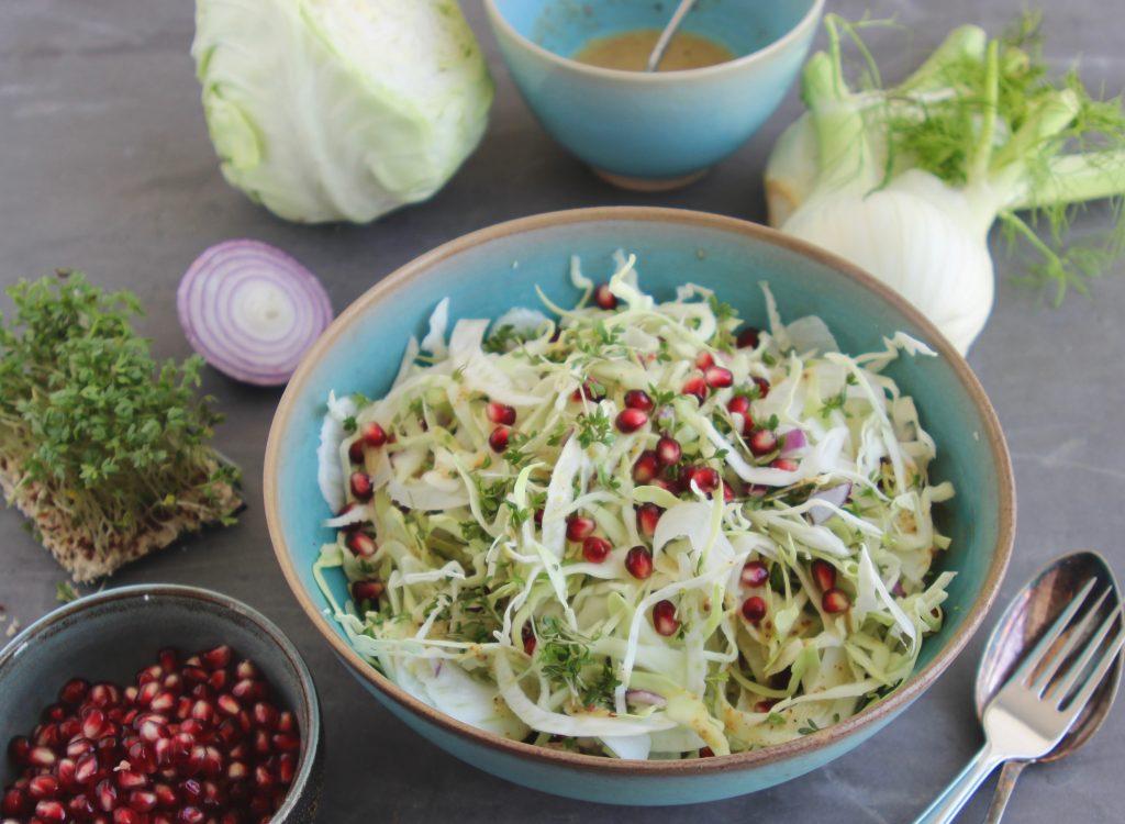 Spidskål og fennikel salat