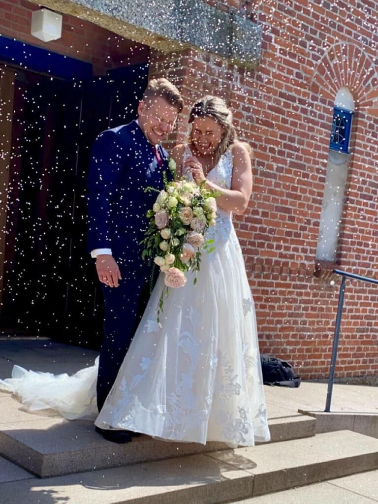 Bryllup efterskælvt